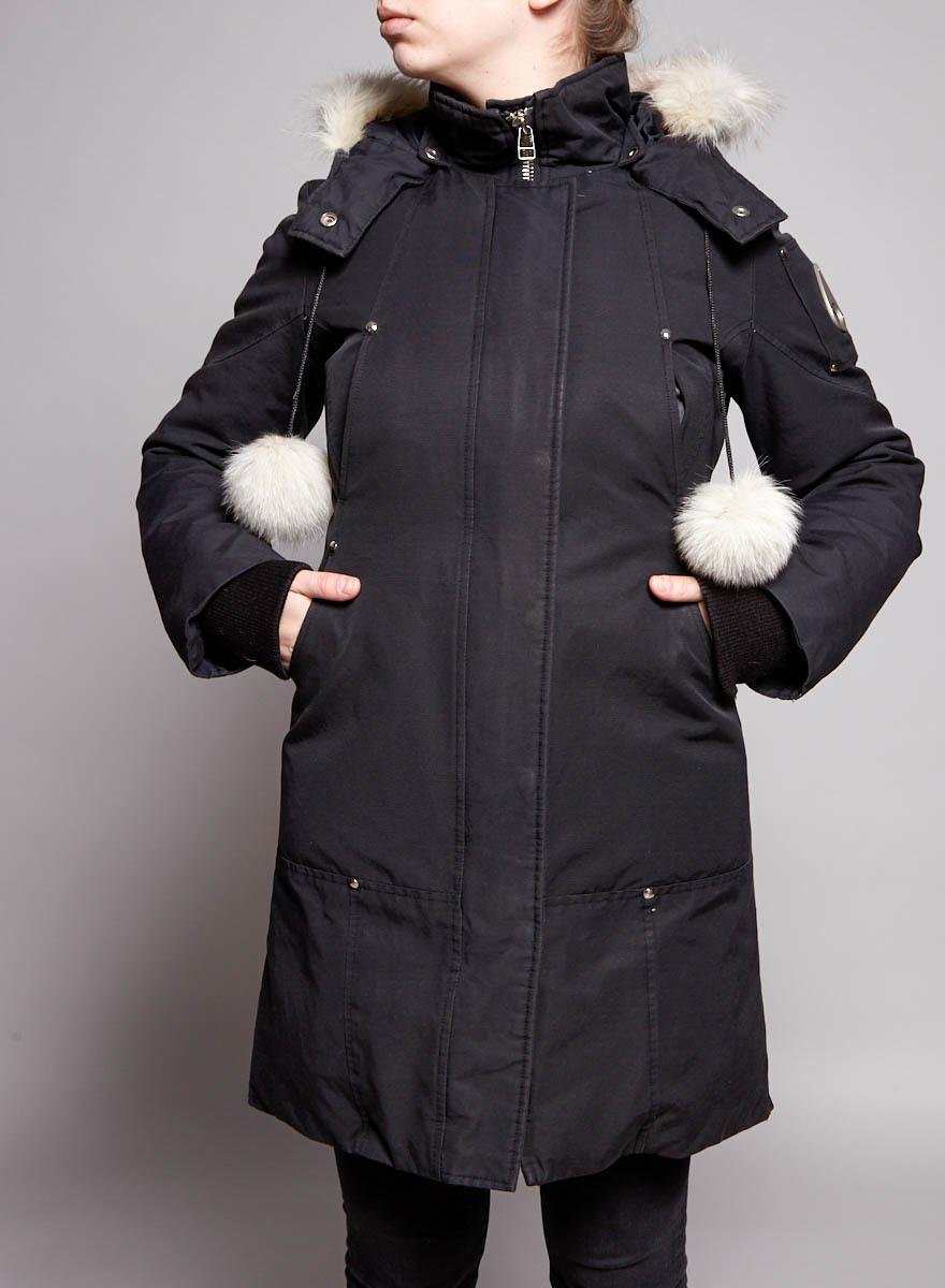 Moose Knuckles BLACK COAT WITH FUR HOOD