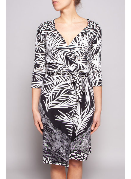 Diane von Furstenberg BLACK & WHITE SILK WRAP DRESS