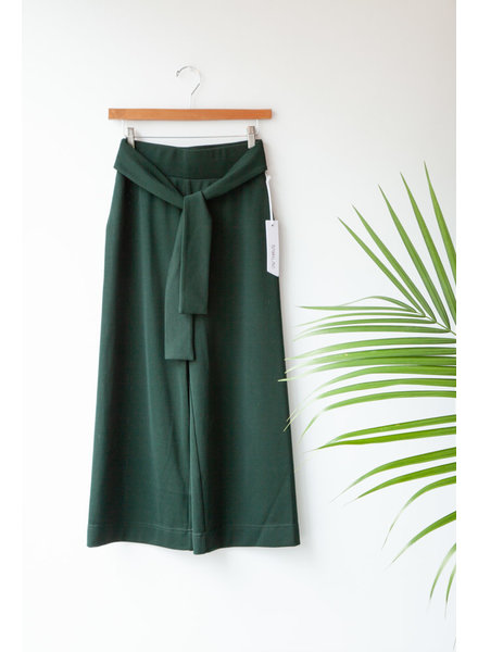 Sam & Lavi GREEN PANTS WITH WIDE LEGS