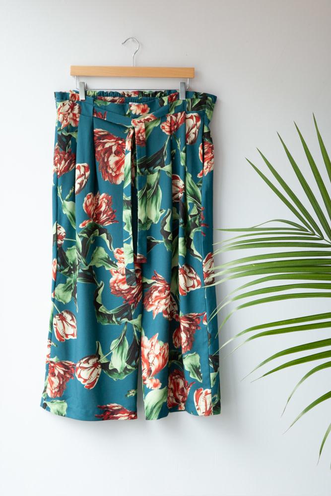 PatBO FLORAL-PRINT PANTS