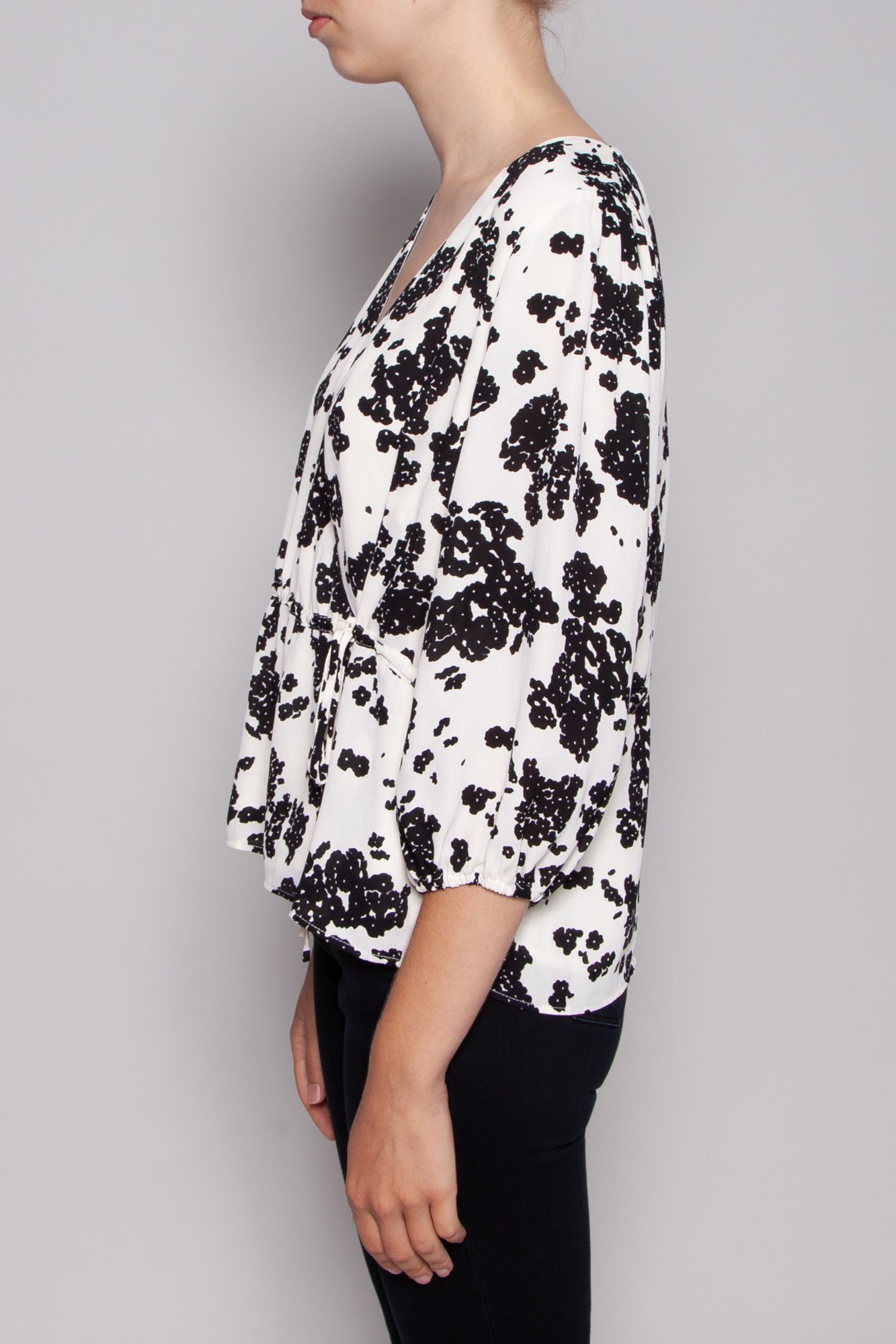 Notes du Nord BLACK FLORAL ORCHID WRAP TOP - NEW WITH TAG