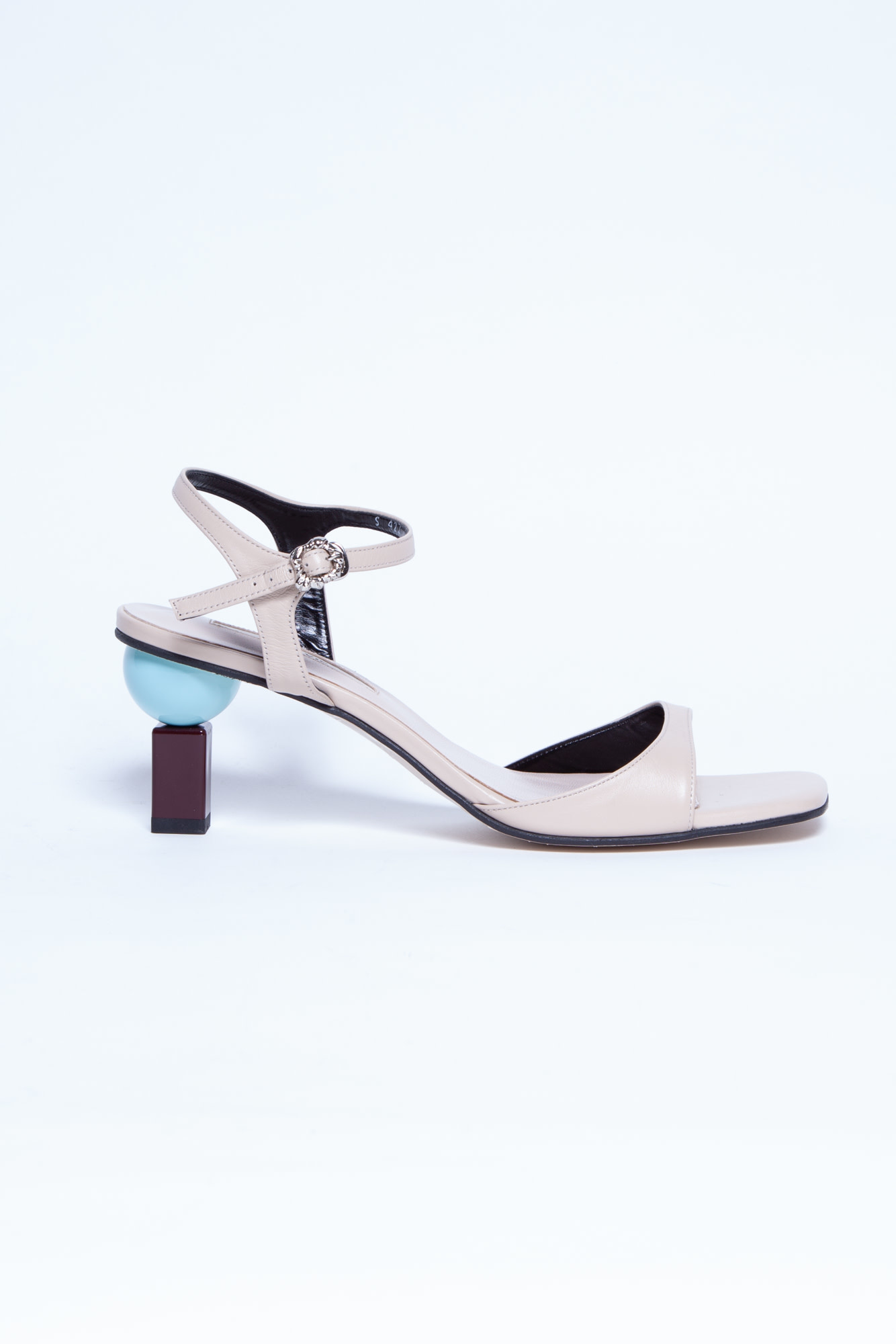 Yuul Yie BEIGE SANDALS WITH GEOMETRIC HEELS