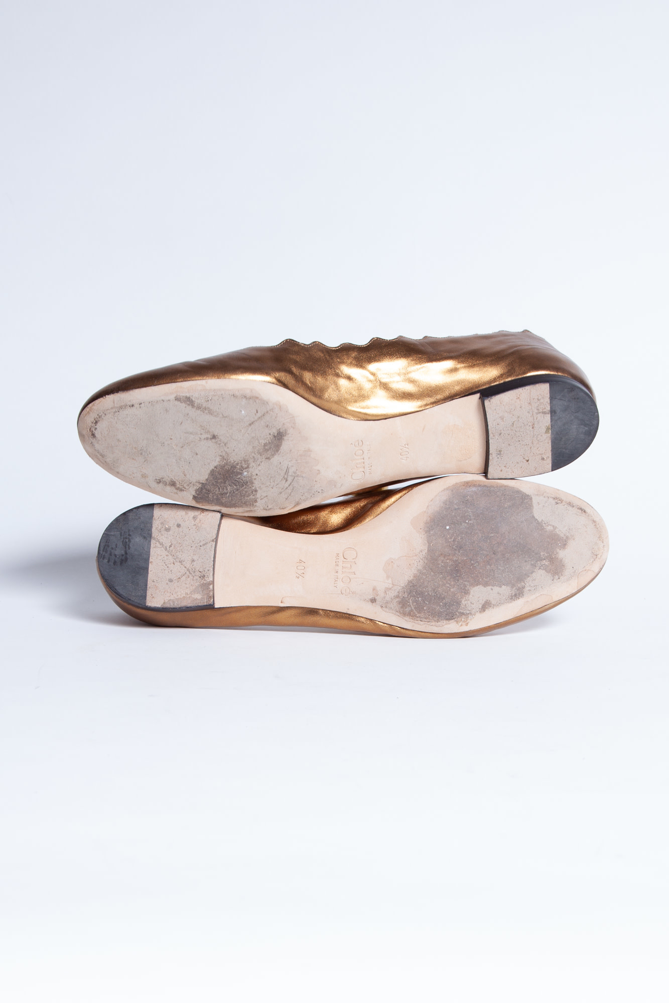 Chloé BALLERINAS WITH  GOLDEN SCALLOPED EDGES IN LEATHER