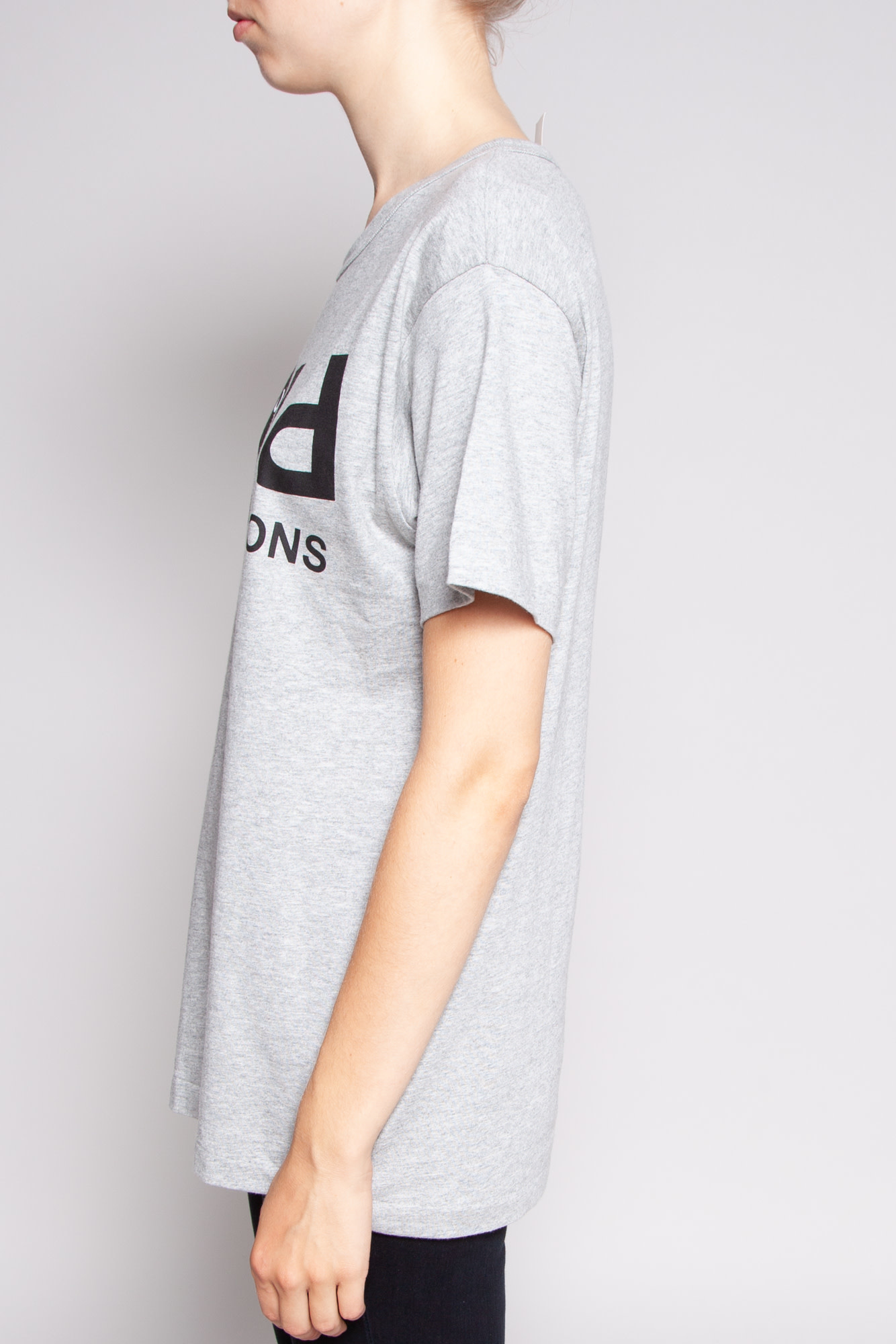 Comme Des Garçons PLAY GRAY PRINT T-SHIRT - NEW WITH TAG