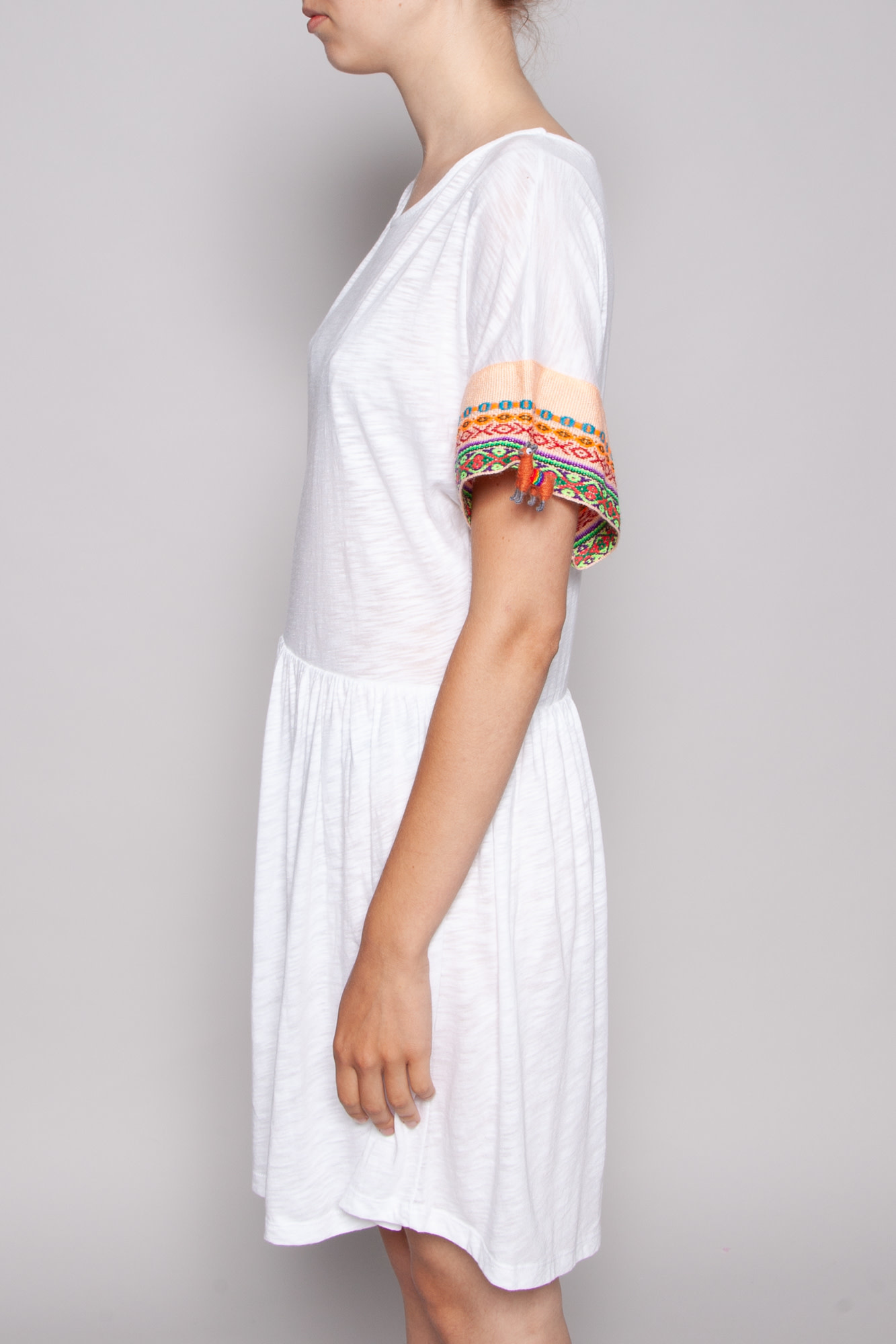 "Pitusa WHITE DRESS ""LAMA"" WITH EMBROIDERY ON THE SLEEVES - NEW WITH TAG"