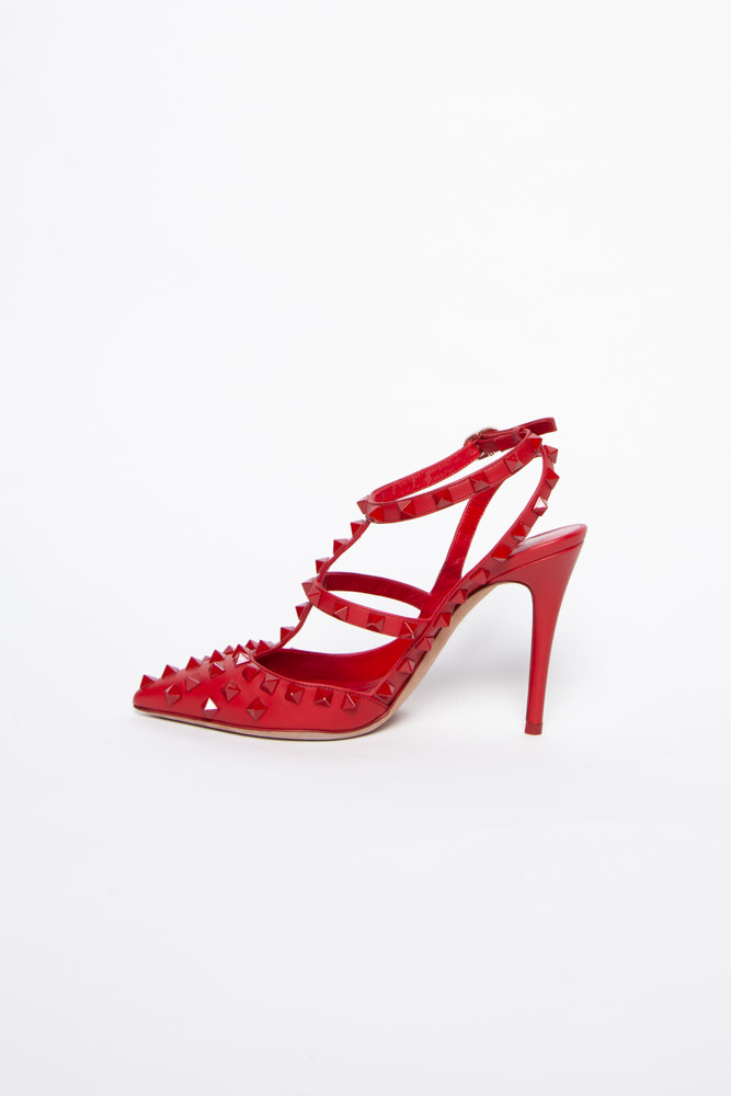 """Valentino """"ROUGE ABSOLUTE """" PUMPS WITH WITH POINTED TOES AND ROCKSTUD"""