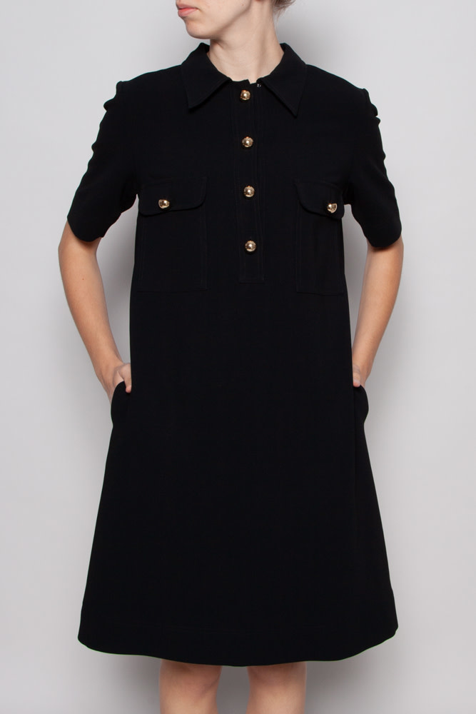 Éditions de Robes BLACK DRESS WITH GOLDEN BUTTONS