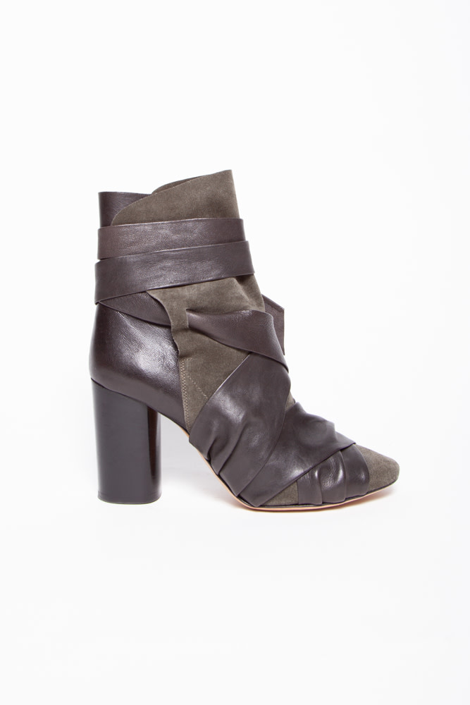 Isabel Marant TAUPE LEATHER AND SUEDE ANKLE BOOTS WITH RIBBON