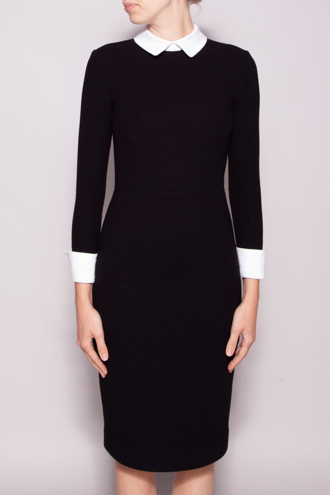 Éditions de Robes BLACK DRESS WITH WHITE PETER PAN COLLAR