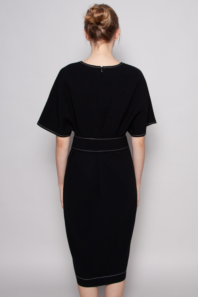 Éditions de Robes BLACK DRESS WITH WHITE STITCHES