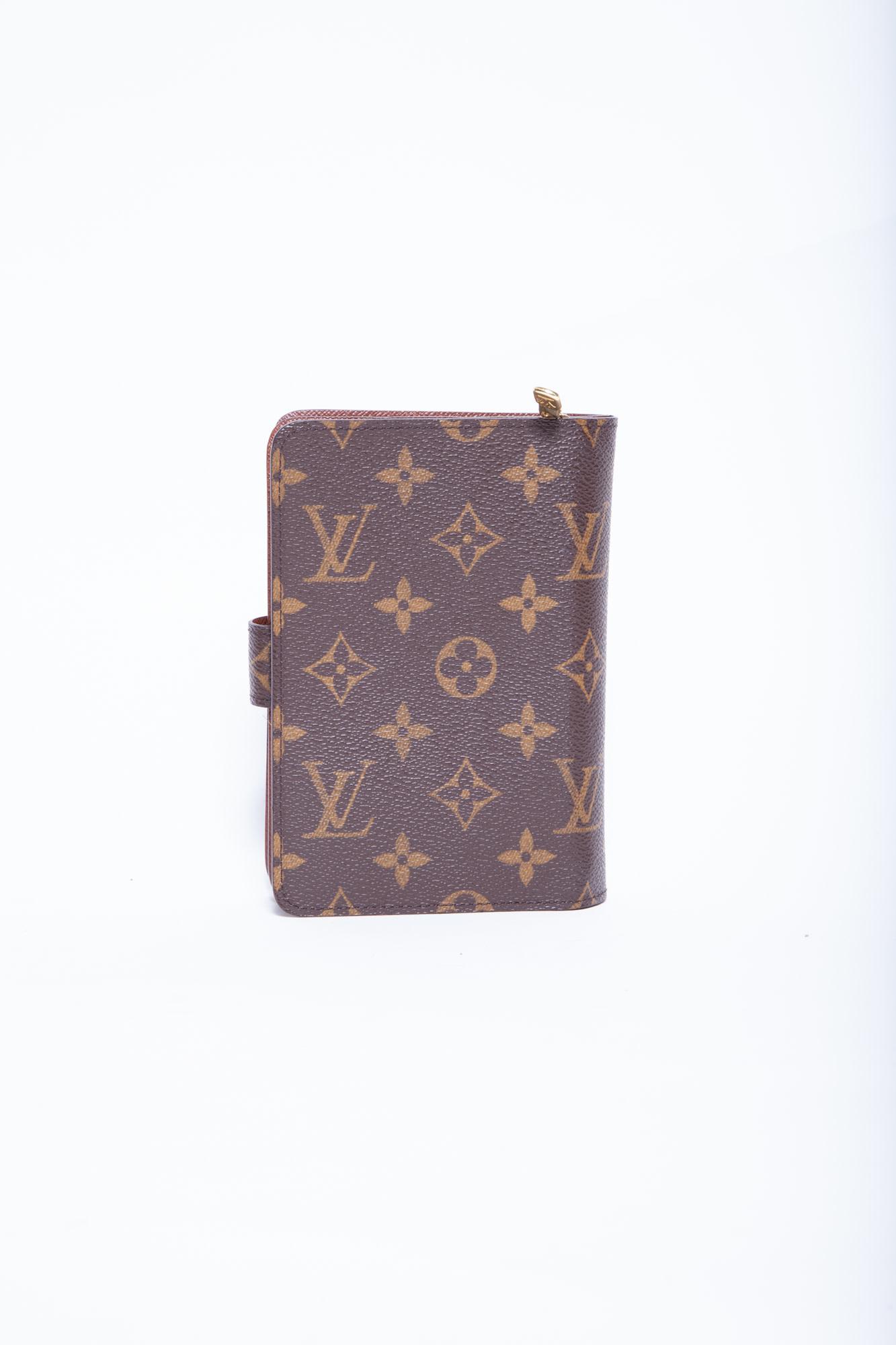 Louis Vuitton LOUIS VUITTON MONOGRAM WALLET