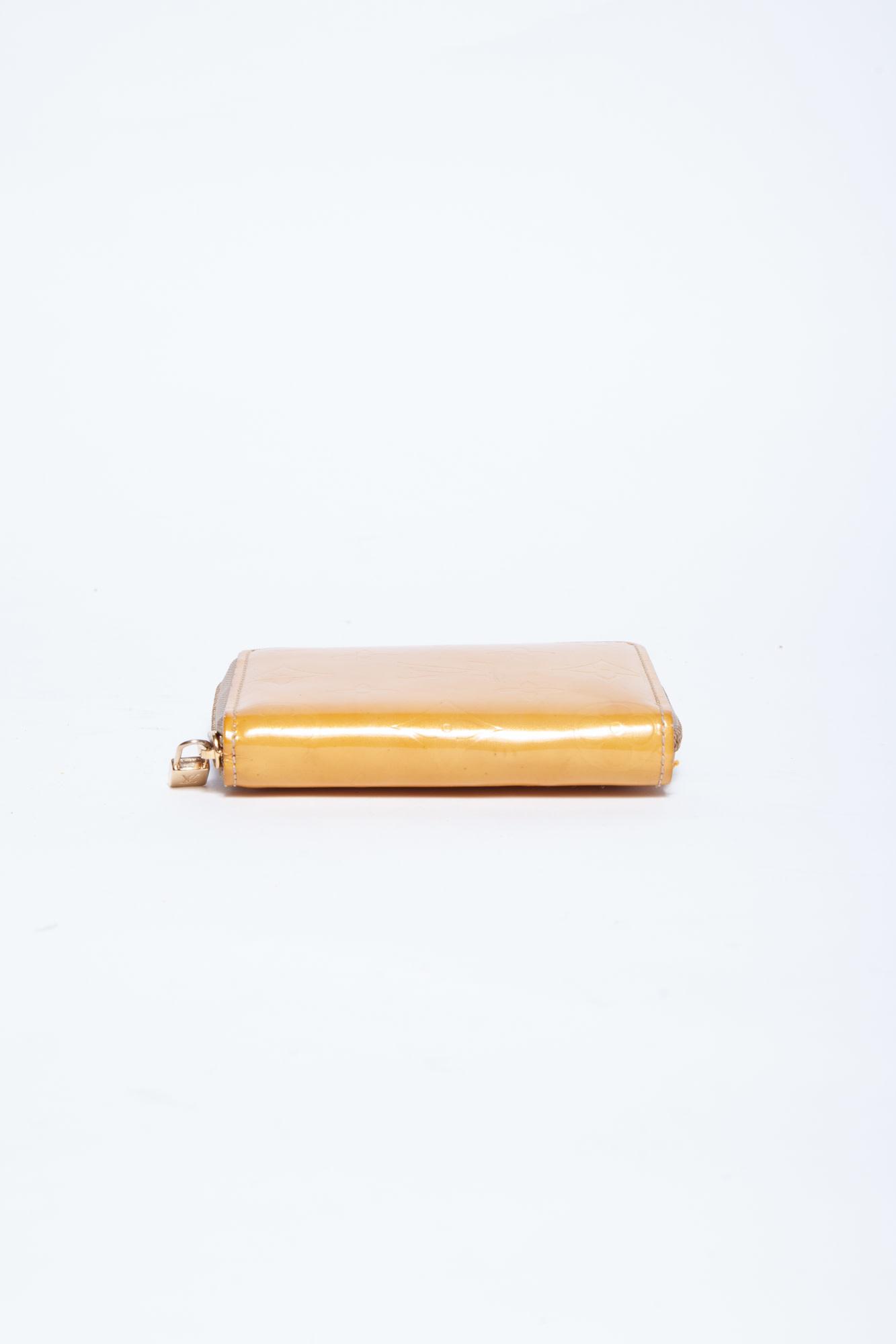 Louis Vuitton YELLOW VERNIS BROOME MONOGRAM WALLET