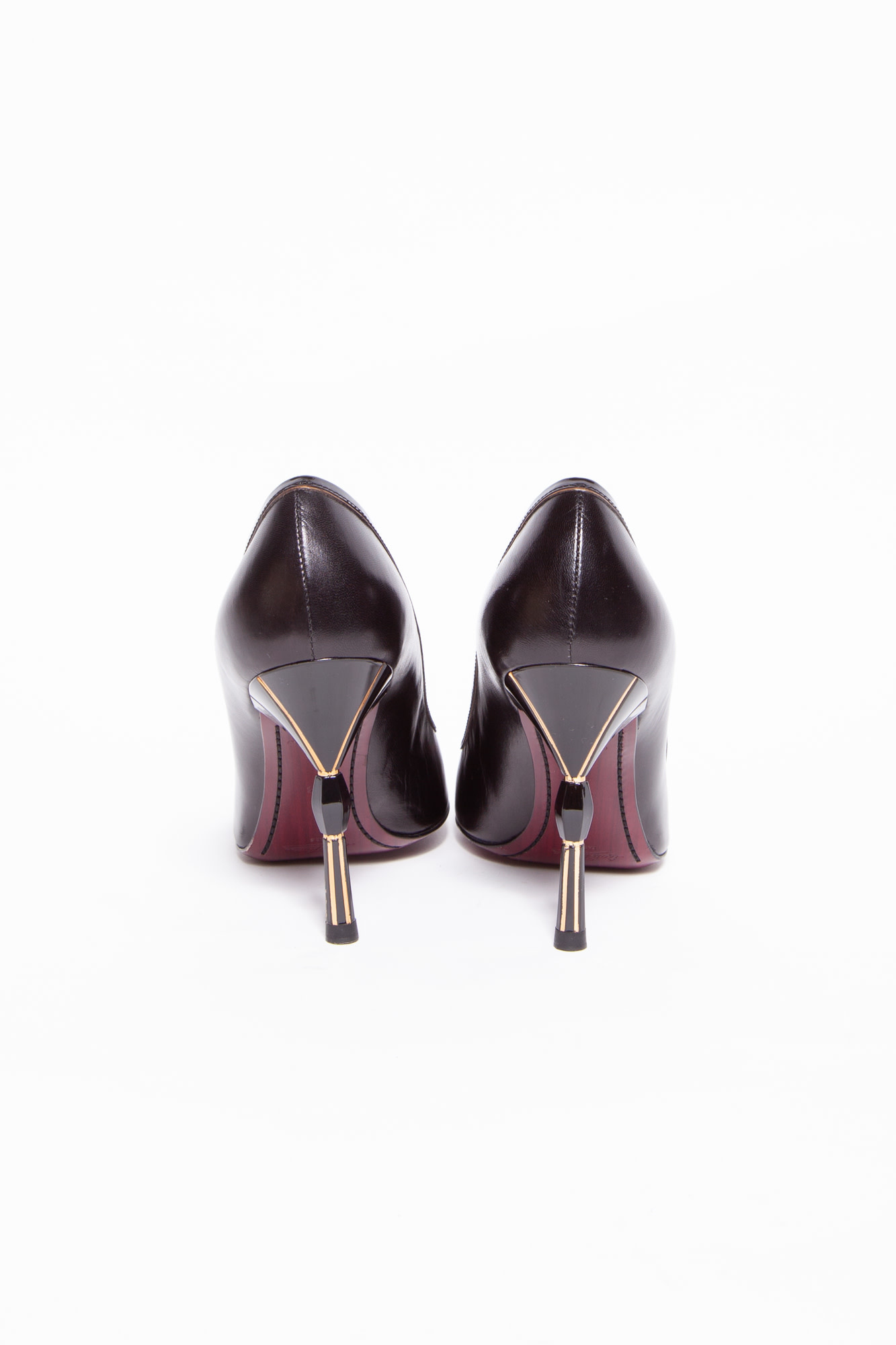 Louis Vuitton NEW PRICE (WAS $425) - BLACK LEATHER PUMPS WITH GOLDEN HEEL & BURGUNDY SOLE