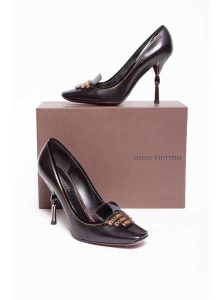 Louis Vuitton BLACK LEATHER PUMPS WITH GOLDEN HEEL & BURGUNDY SOLE