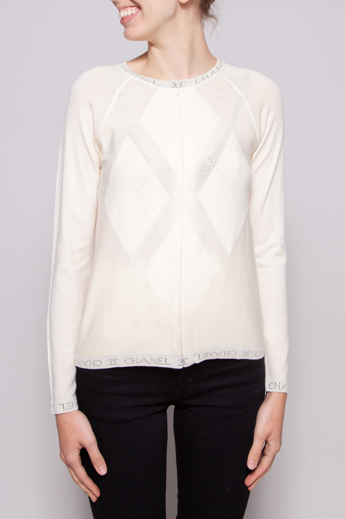 Chanel IVORY CASHMERE CARDIGAN