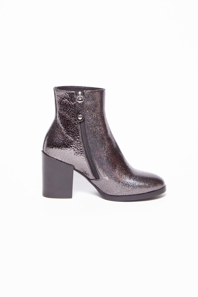 La canadienne SHINY GRAY BOOTS WITH HEEL - NEW