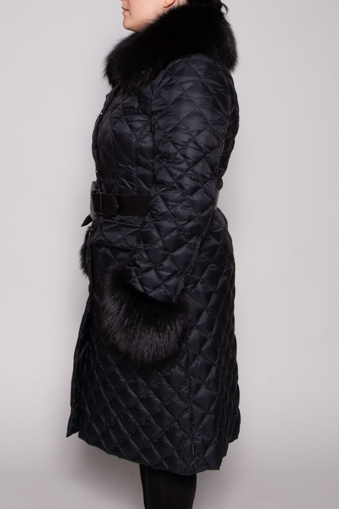 Moncler BLACK QUILTED COAT WITH FUR