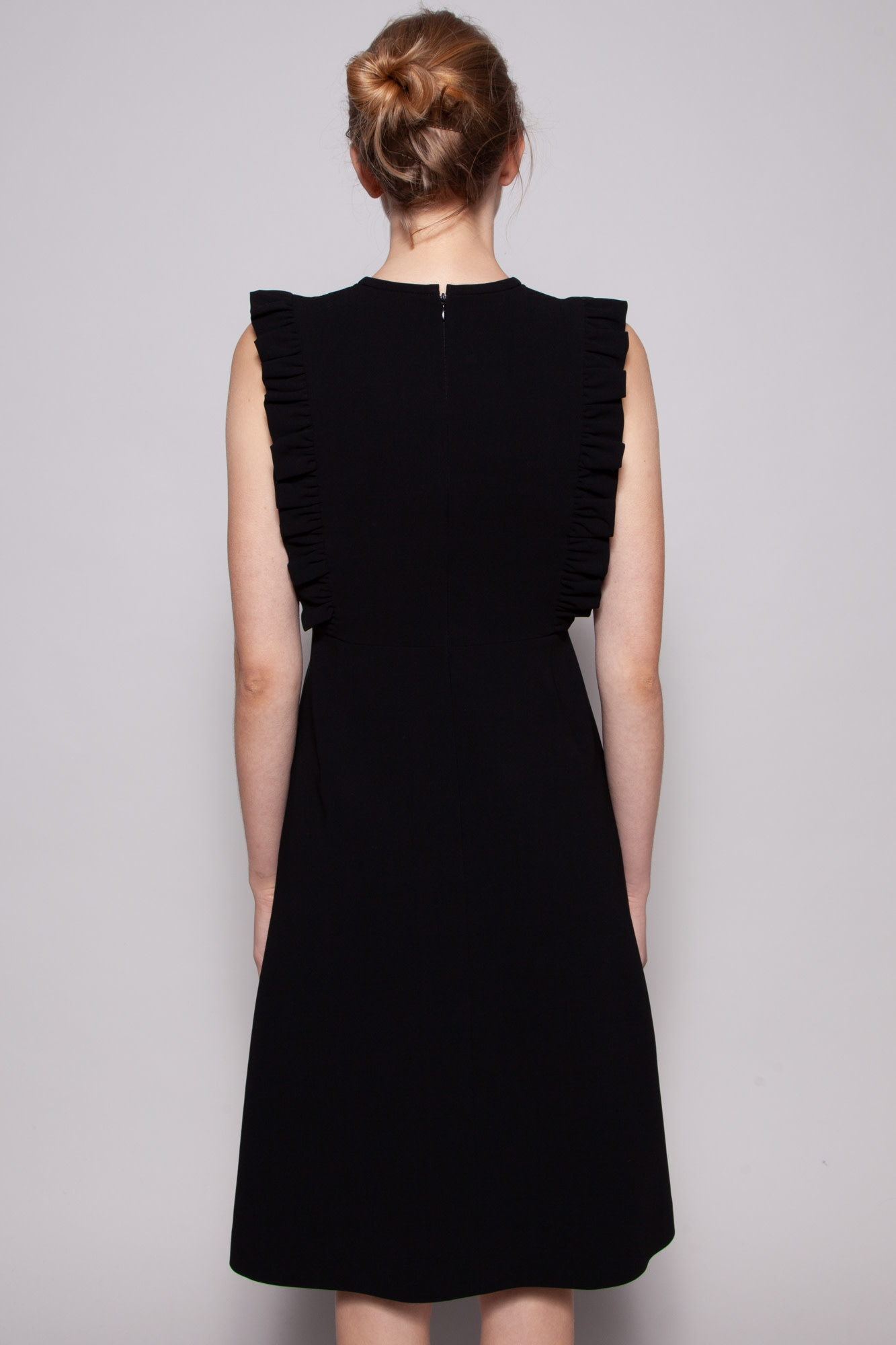 Éditions de Robes  BLACK SLEEVELESS DRESS WITH RUFFLES