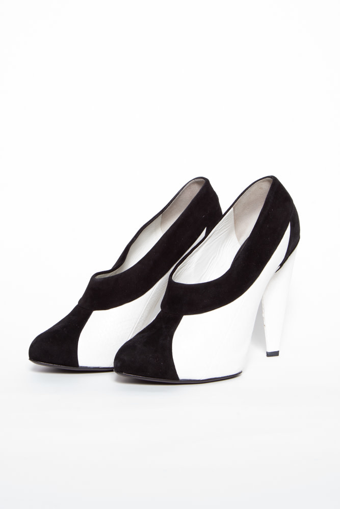 Dolce & Gabbana BLACK & WHITE LEATHER & SUEDE PUMPS