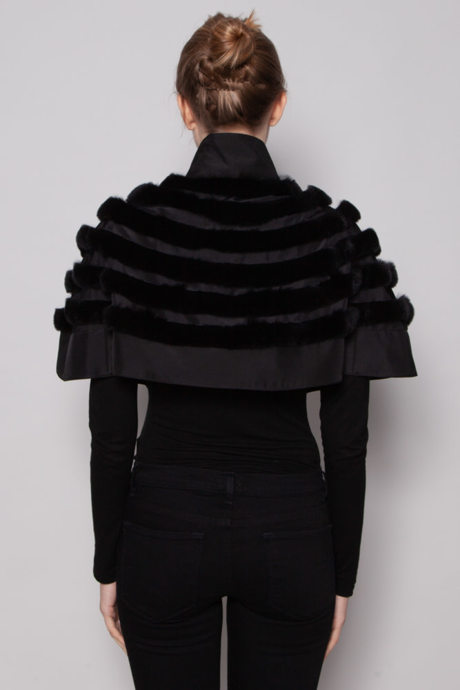 Giorgio Armani BLACK FUR & SATIN SHORT CAPE