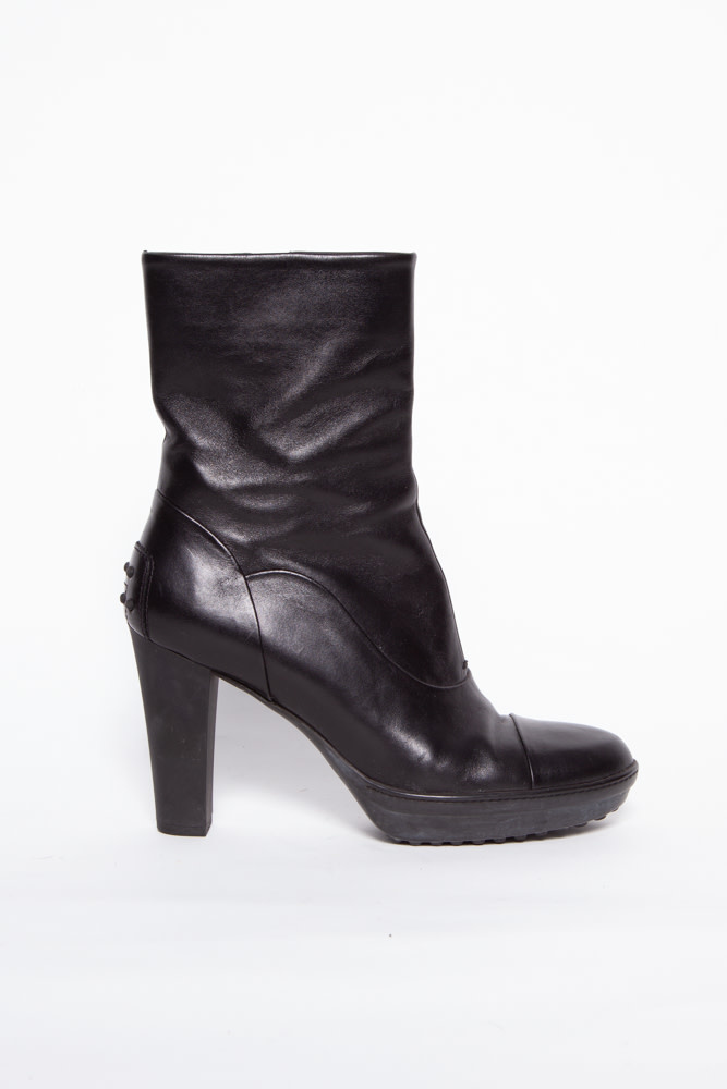 TOD'S BLACK LEATHER HIGH HEEL GOMMINO BOOTS
