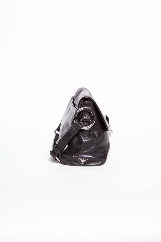 Prada NEW PRICE (WAS $450) - BLACK LEATHER HANDBAG