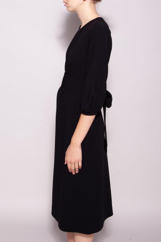 Éditions de Robes BLACK DRESS WITH BELT