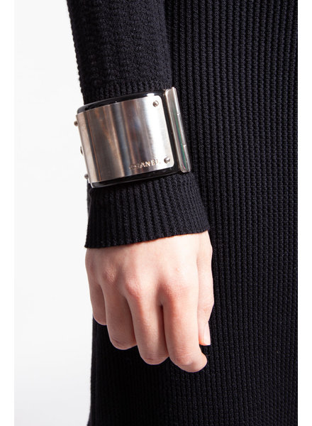 Chanel BLACK RESIN  CUFF