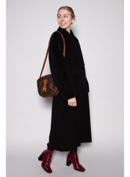MaxMara NEW PRICE (WAS $695) - BLACK WOOL AND CASHMERE COAT