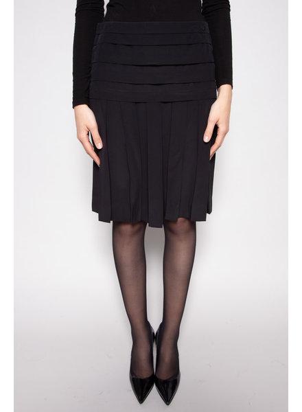Chanel BLACK SILK PLEATED SKIRT