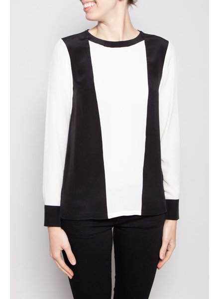Judith & Charles NEW PRICE (WAS $85) - BLACK AND WHITE SILK BLOUSE - NEW