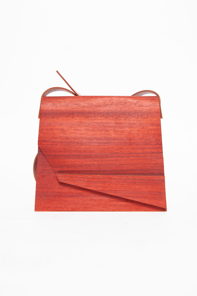 Bom Design AUBURN WOODEN BAG