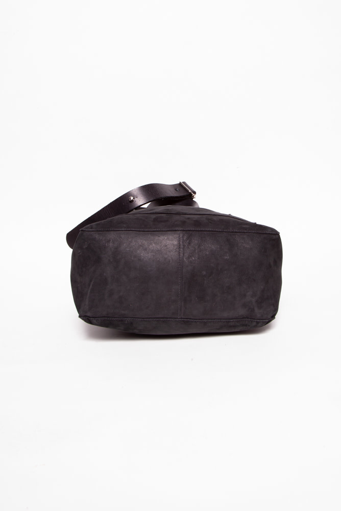 M0851 BLACK SUEDE BAG