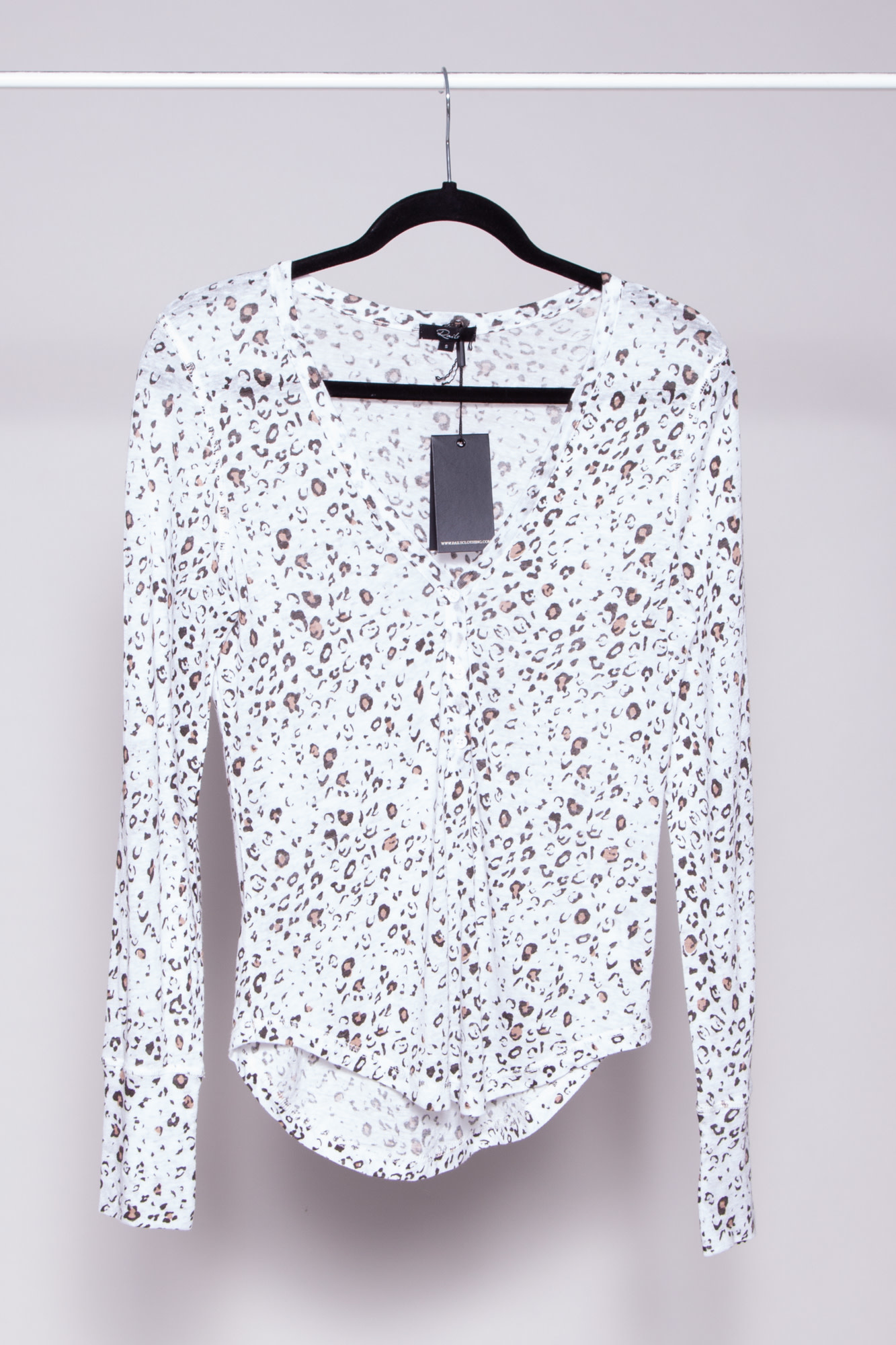 Rails WHITE LEOPARD PRINT TOP - NEW WITH TAGS