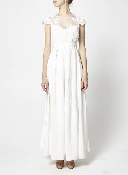 Élise Hameau SILK AND LACE WEDDING DRESS