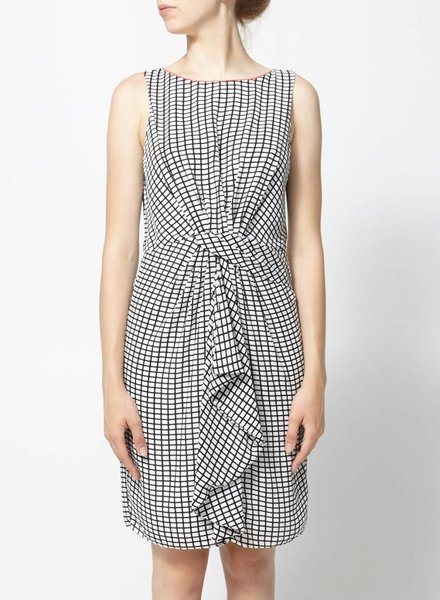 Belle Badgley Mischka SALE - BLACK AND WHITE DRESS KNOTTED AT THE WAIST