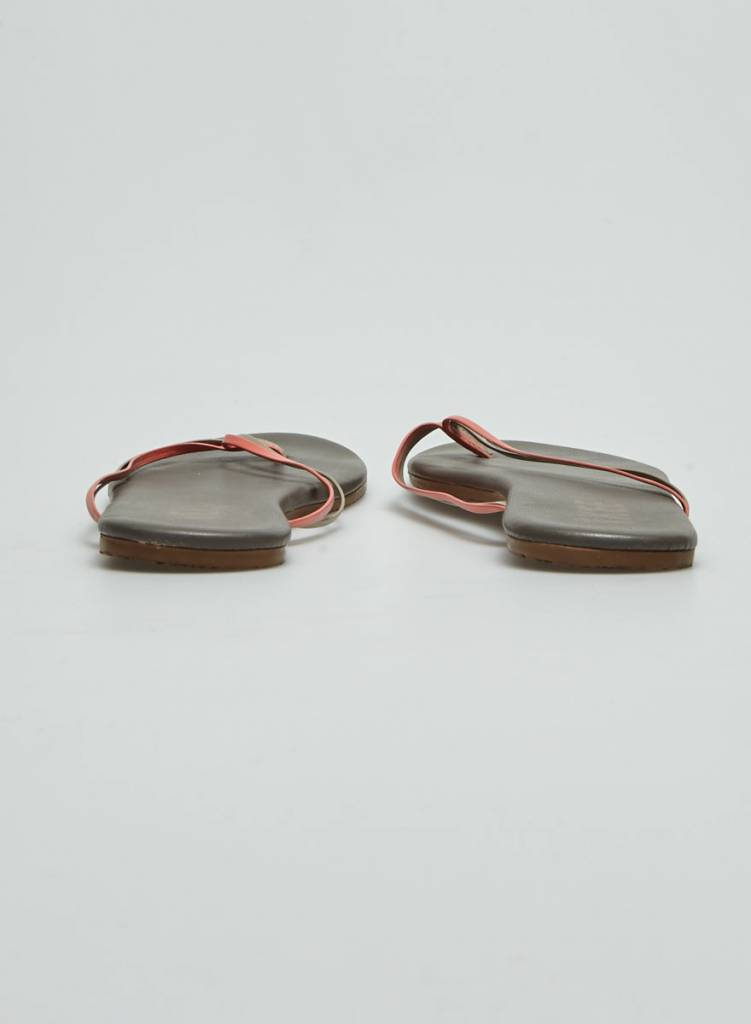 TKEES Sandales en cuir gris et corail