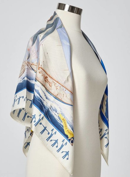 Hermès BLUE AND OFF WHITE SAILING BOATS PRINT SILK SCARF