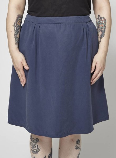 Atelier B NAVY SKIRT - NEW