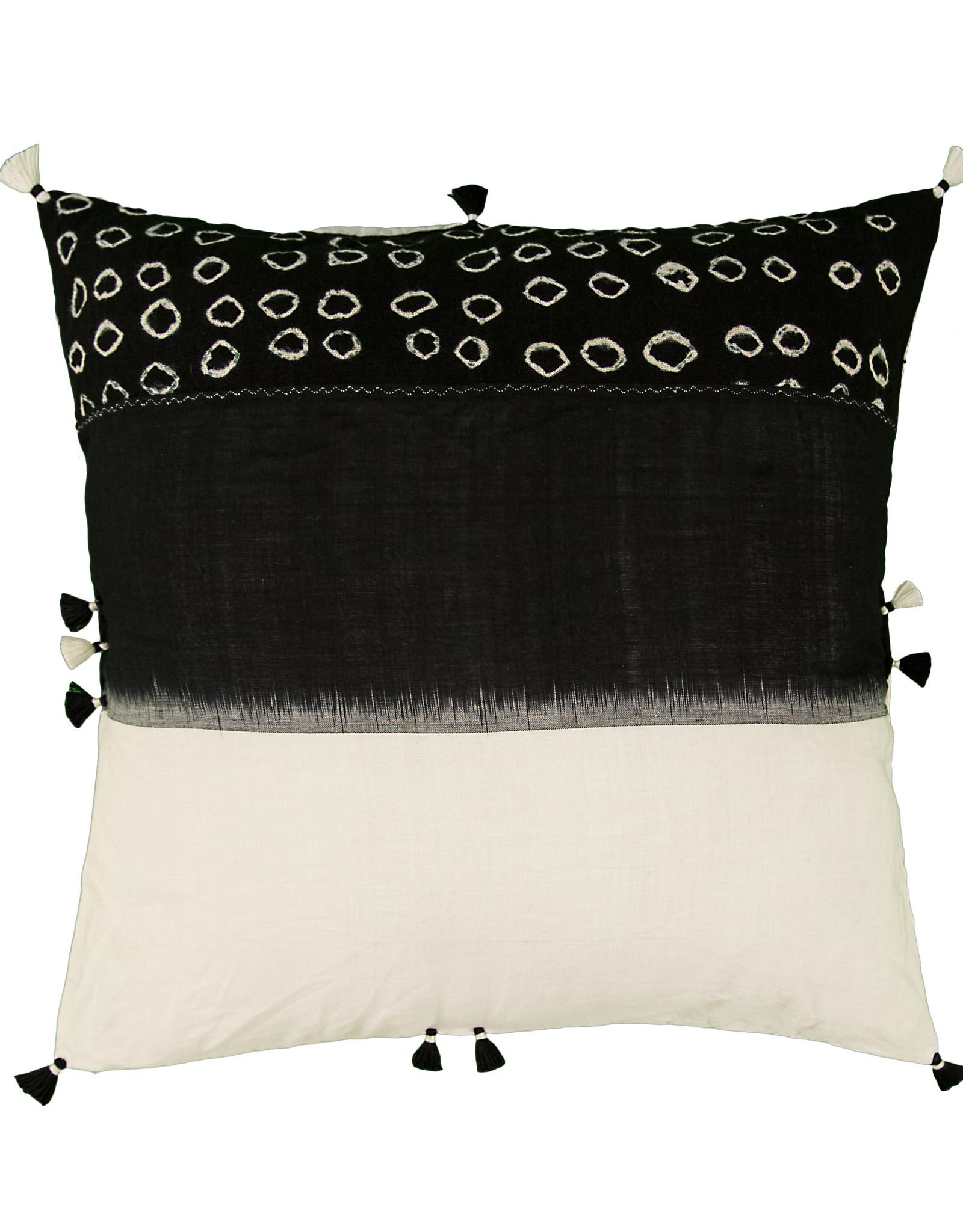INJIRI Jat 11 Cushion Cover