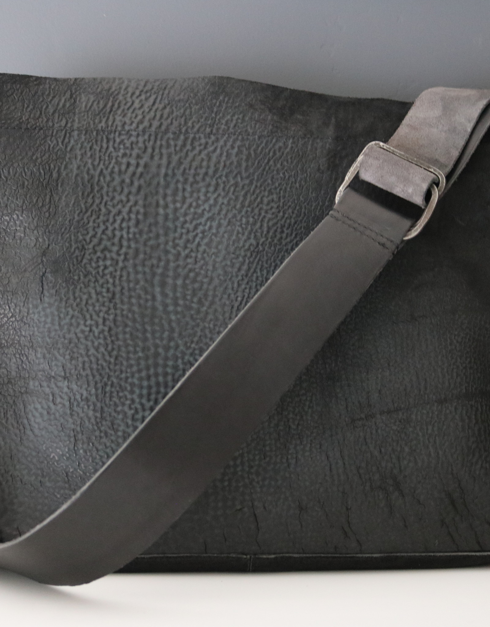 Raw Edge Crossbody Bag - Carbon