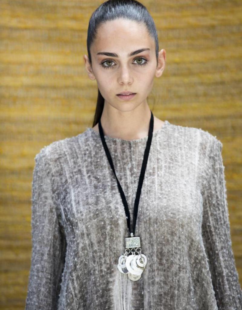 EWA Chambri Silver Cluster Necklace