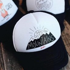 Bubu Say Yes To The Mountains Trucker Hat WHT/BLK - L (4yrs+)
