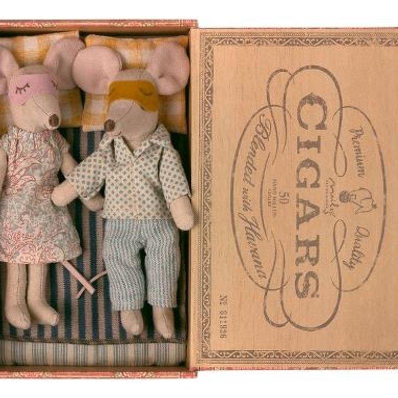 Maileg Maileg Mum & Dad Mice Cigarbox
