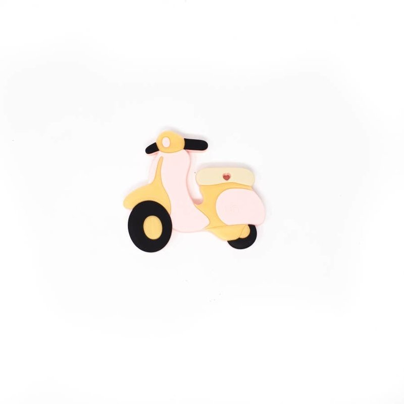 Three Hearts Teether Scooter - Pink