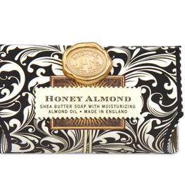 MICHEL DESIGN WORKS SOAL182 LARGE BATH SOAP BAR Honey And Almond