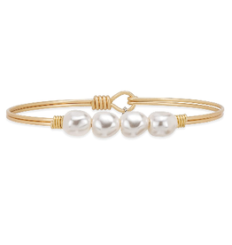 LUCA & DANNI Bangle Bracelet BAROQUE CRYSTAL PEARL-  Regular Brass Tone