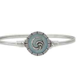 LUCA & DANNI Bangle Bracelet ISLA WITH WAVE-Regular Silver Tone