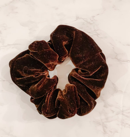 LOTUS AND LUNA CHOCOLATE BROWN VELVET SCRUNCHIE