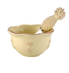 Bowl and Spreader Pineapples